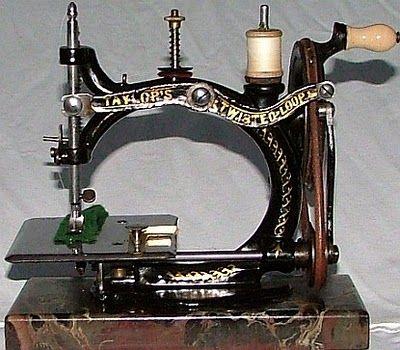 Sewing machines, fine Victorian Machine Design | Steampunk inspirations