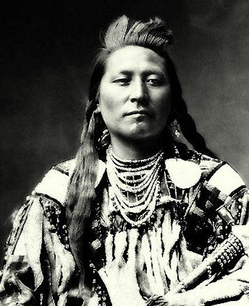 "+~+~ Antique Photograph ~+~+  Plenty Coups grew up as a traditional Northern Plains nomadic Crow Indian c. 1848.  He was a Chief and instrumental in aligning the Crows with the whites during the late Indian wars and a pivotal leader in the transition of the Crows from a nomadic ""buffalo"" economy to an agricultural economy on the reservation."