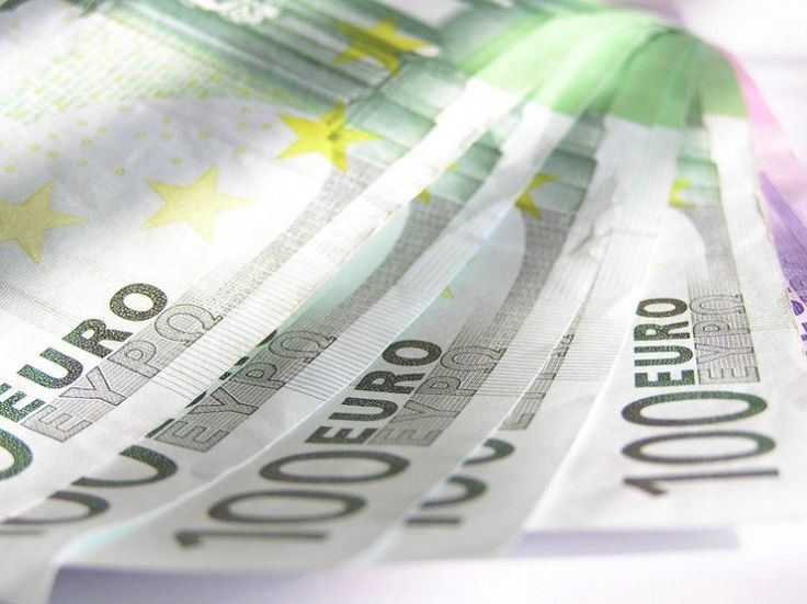 Dólar mantém a alta a R$3,264 com foco nos EUA - http://po.st/luoUBD  #Economia - #Dólar, #Euro, #Indicadores, #Mercados