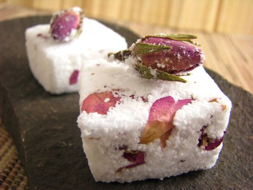 Rose & Geranium Bath Bombs Adorned with Frosted Rose Buds :: Ingredients: - 1 cup Baking Soda  - 1/2 cup Citric Acid  - 1/2 cup Epsom Salt  - 1 TBSP organic Rose Hydrosol or water  - 1 tsp organic Olive oil  - Dried organic Rose petals  - 20 drops organic Geranium essential oil ★ Instructions on Site