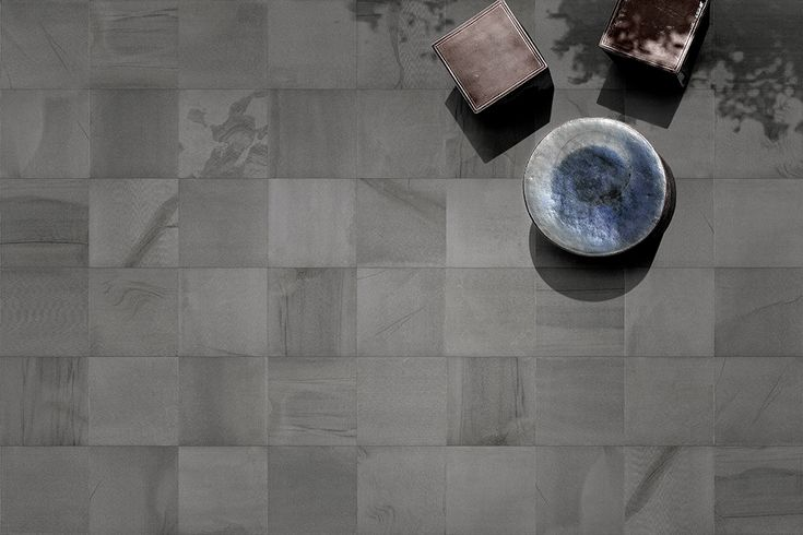 Marne | A #porcelain #stoneware with #stone effect that plays with an incredible variety of #graphics. The #idea behind the #Marne #collection is that of a #material generated by a #crystallization of #mud and its movements in the #earth's crust.