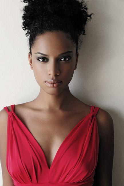 : Natural Skin, Natural Curly Hair, Beautiful, Flawless Makeup, Hair Makeup, Natural Hair, Naturalhair, The Dresses, Black Women