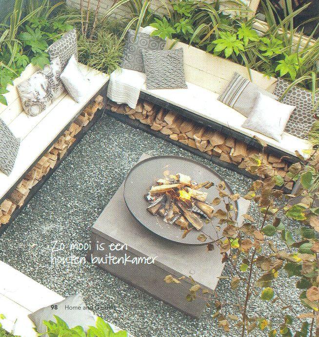 Gemütliche Feuerstelle im Garten