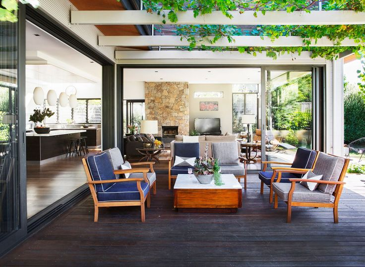 Outdoor entertaining area from Perth home big on sunlight, space and casual style. Photography: Angelita Bonetti   Styling: Anna Flanders   Story: Australian House & Garden