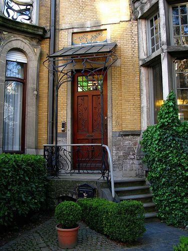 zurenborg voordeur hout trap