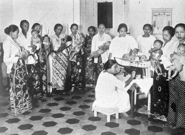 Semacam Posyandu, Jakarta 1952