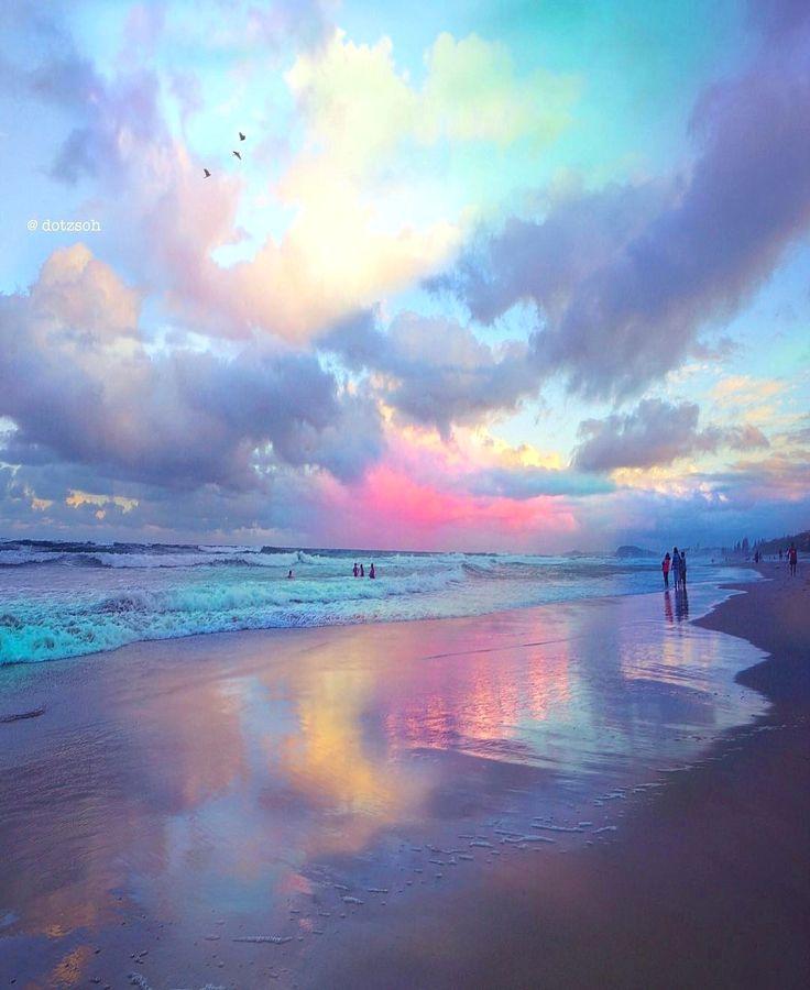 Unicorn sunset in Australia by @dotzsoh Stop was…