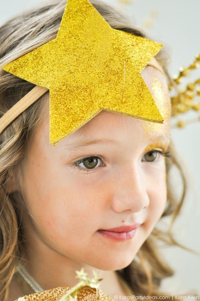 Star headband! Easy DIY Shooting Star Halloween Costume by Kara's Party Ideas | Kara Allen | KarasPartyIdeas.com for Michaels #michaelsmakers