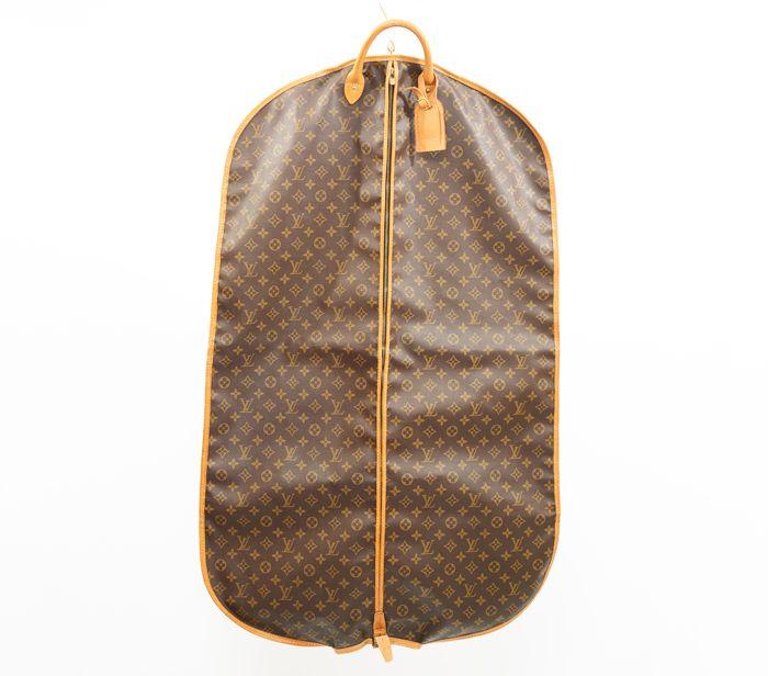 e768c2b624a0 Louis Vuitton Garment Cover