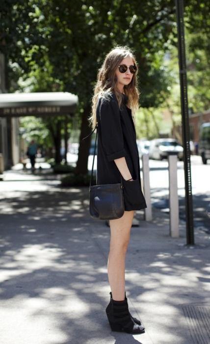 the shirt-like minidress, the wedge heel