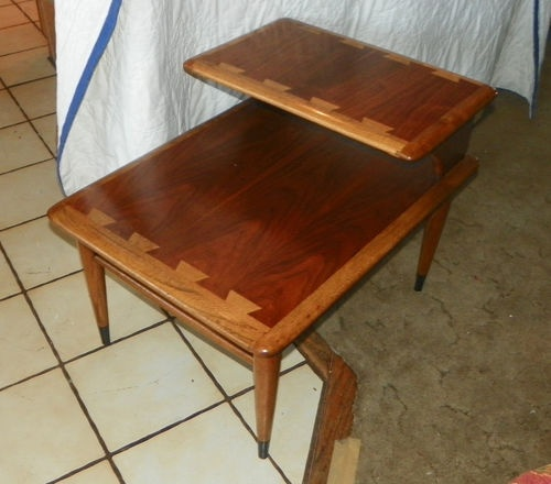 Vintage Lane Walnut And Ash Dovetailed Top Step End Table