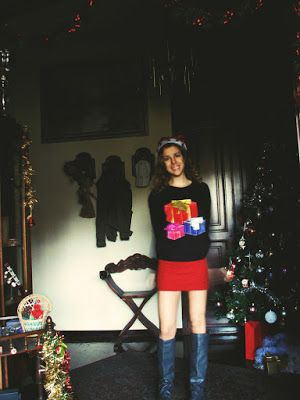 http://s-fashion-avenue.blogspot.it/2016/12/ootd-christmas-sweater.html #style #chic #fashion #winter #trend #look