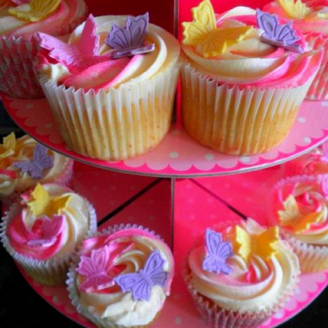 Two-tone butterfly cupcakes