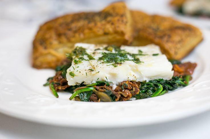 Obiad w pół godziny - Ryba z piekarnika na szpinaku | Ugotowani.tv HD