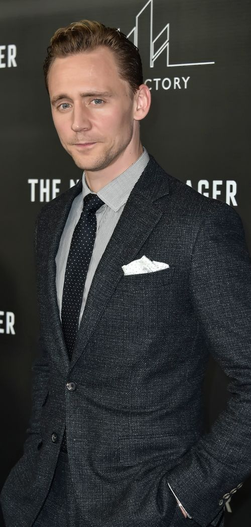 Tom Hiddleston attends the premiere of AMC's The Night Manager at DGA Theater on April 5, 2016 in Los Angeles, California. Full size image: http://ww1.sinaimg.cn/large/6e14d388jw1f2mtp3fczxj22j43swkjl.jpg Source: Torrilla, Weibo