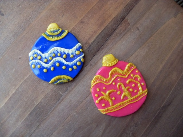 WitchCraft In Progress: Christmas ornaments,part one : balls!!/ χριστουγεννιατικα στολιδια, μερος 1ο.
