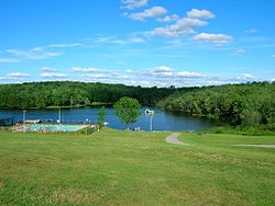 Google Image Result for http://upload.wikimedia.org/wikipedia/en/thumb/d/de/Ramah-Poconos-waterfront.jpg/250px-Ramah-Poconos-waterfront.jpg: Google Image, Image Results, Camps, Lakeside,  Lakeshore