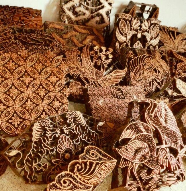 Vintage copper batik stamps used for batik cap, hand stamped Batik. #Batikcap www.kulukgallery.com
