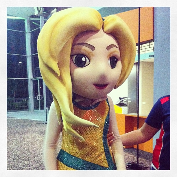 Spotted: Diamond Girl at the netball! #ANZChampionship