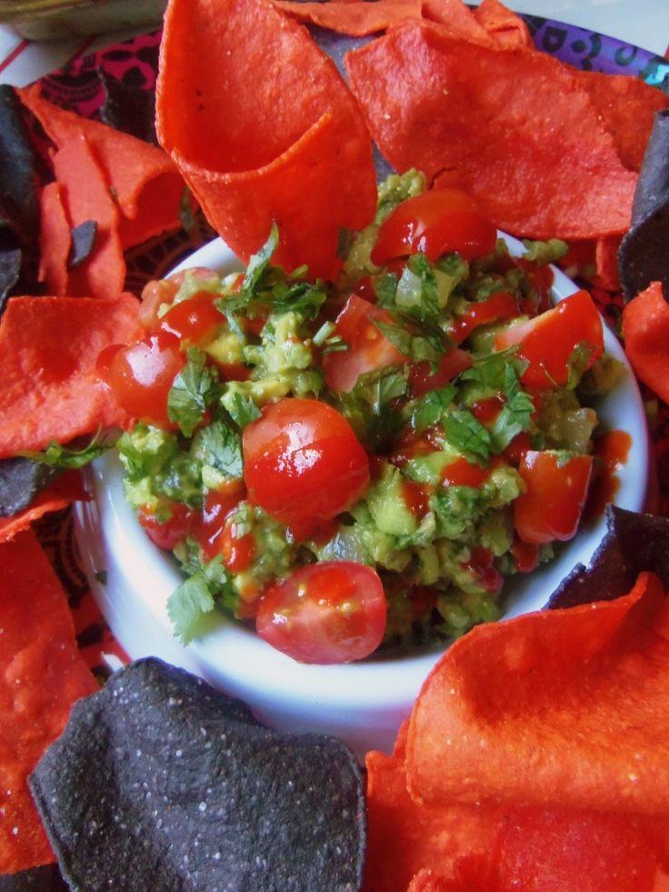 Spicy Garlic Guacamole with Sriracha - Hispanic Kitchen: Sriracha ...