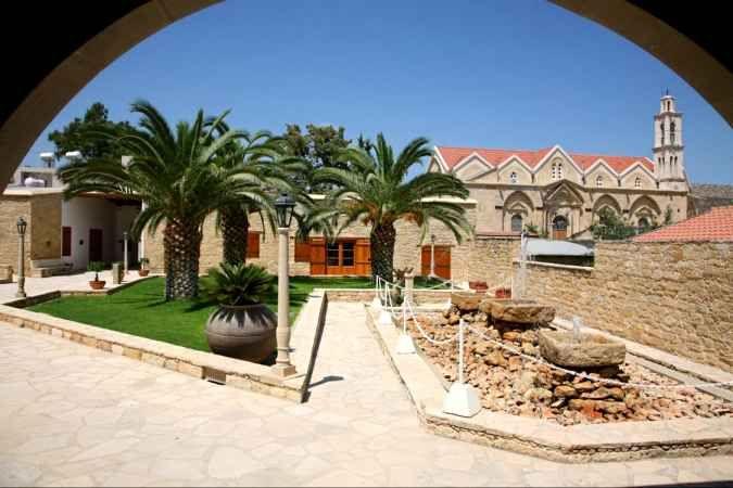 Свадьба в традиционном кипрском доме, Гермасойя, Кипр - свадебный пакет от славных событий - iBride.com
