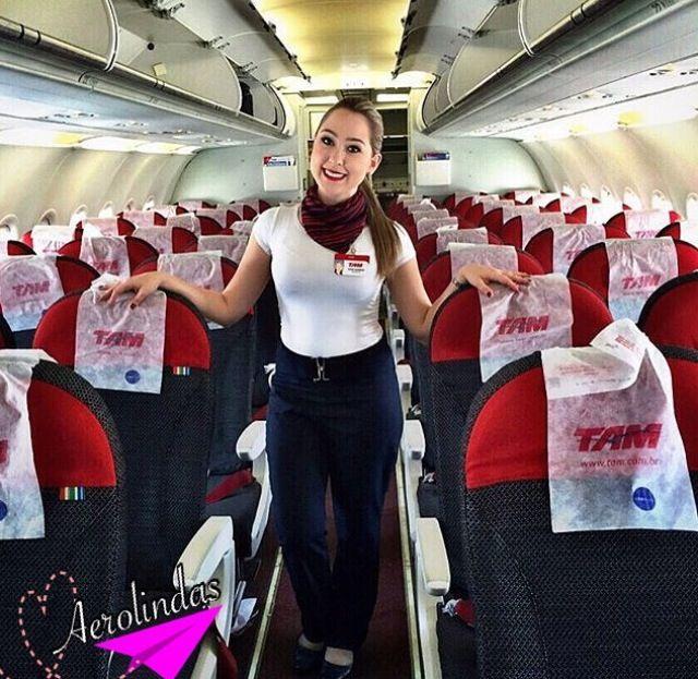 Comissária Daniela da Tam Linhas Aéreas ️ ️ # ...