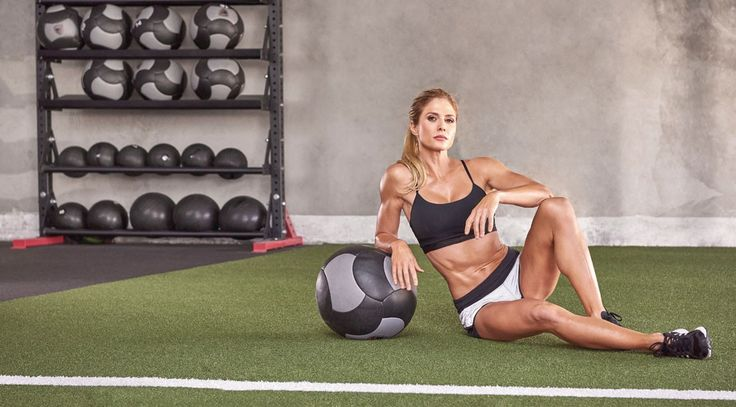 Torrie Wilson Makes a Comeback in the Fitness World