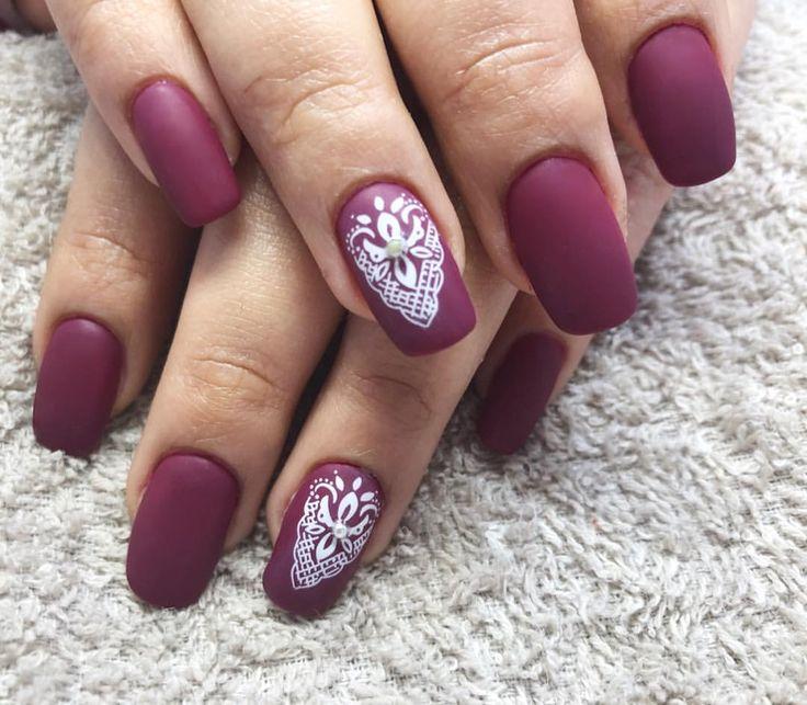 Buenos días😊. Empezamos el día con estas uñas de gel en mate! #fashion #style #beauty #bestnails #instagood #girls #pretty #lunes #polish #nailpolish #nailswag #nailart #naillove #uñas #madrid #decoraciones #uñasmadrid #uñasvallecas #uñasdegel #nailgel #mattenails #followme