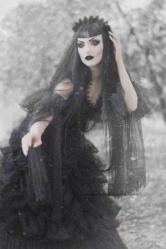 Wintergrief! Introduction to the Monochrome Kaleidoscope!  Obsidian Kerttu (model) as Wintergoth Sanguinary Priestess