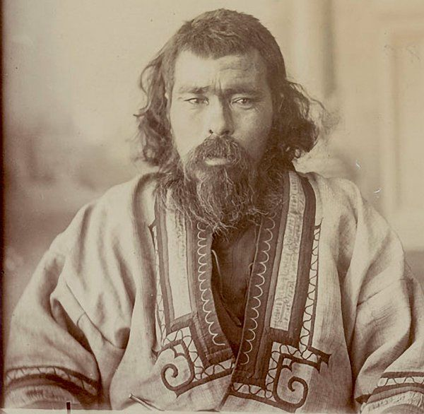 Photos of the Ainu people of Japan, thought to be among his closest living relatives, were inspiration for Kennewick Man's reconstruction.