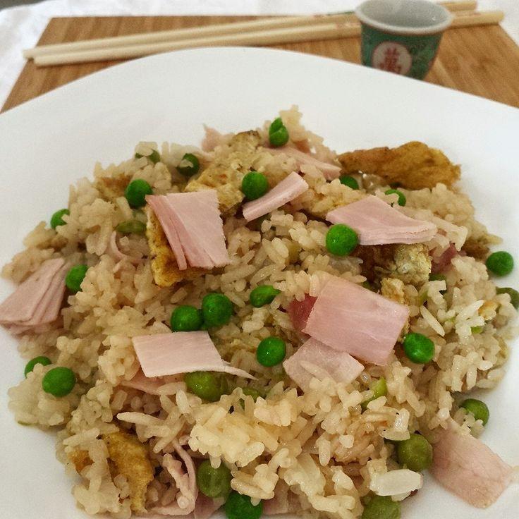 Riso fritto alla cantonese - riso, rice, cantonese, prosciutto cotto, piselli, frittata, uova, baked ham, peas, omelette, eggs...