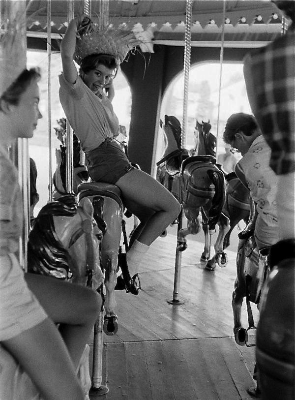 Coney island 1963 photo by harold feinstein · bw photographyclassic