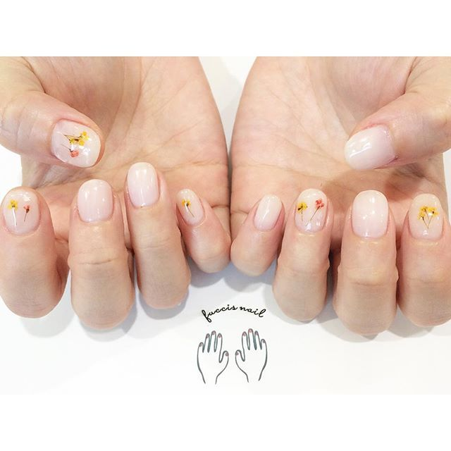 fuccis_nail on Instagram pinned by myThings ご予約》https://reserva.be/fuccisnail…