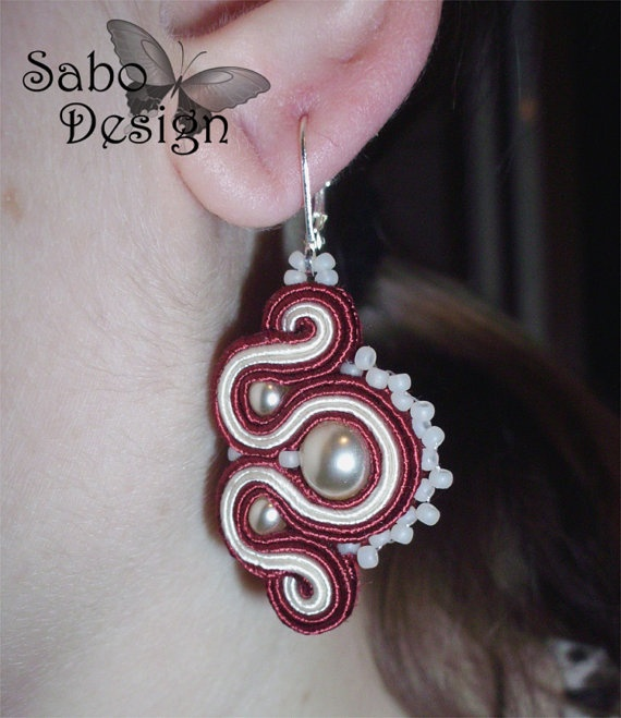 WINE & PEARLS - soutache earrings handmade by SaboDesign on Etsy.