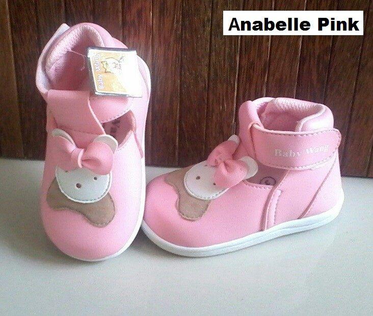 #Sepatu Anak Baby Wang (Anabelle Pink) ~ 105ribu ~ Size : Ukuran Sol dalam (panjang kaki anak) : No. 3 : Sol 13cm (Umur 1 - 1,5 thn) No. 4 : Sol 13,5cm (Umur 1,5 - 2thn) No. 5 : Sol 14cm (Umur 2 - 2,5 thn) No. 6 : Sol 14,5cm (Umur 2,5 - 3thn)