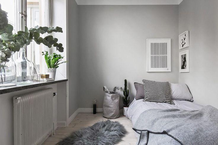 Grey bedroom:
