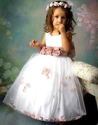http://www.strutureproducoes.com.br/daminhas-de-honra/