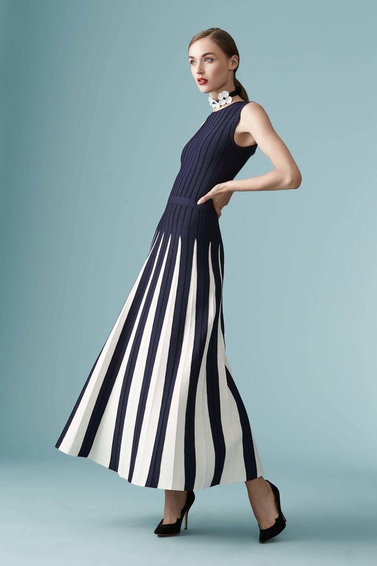 Carolina Herrera Resort 2017 Fashion Show / Défilé croisière 2017 #mode #couture