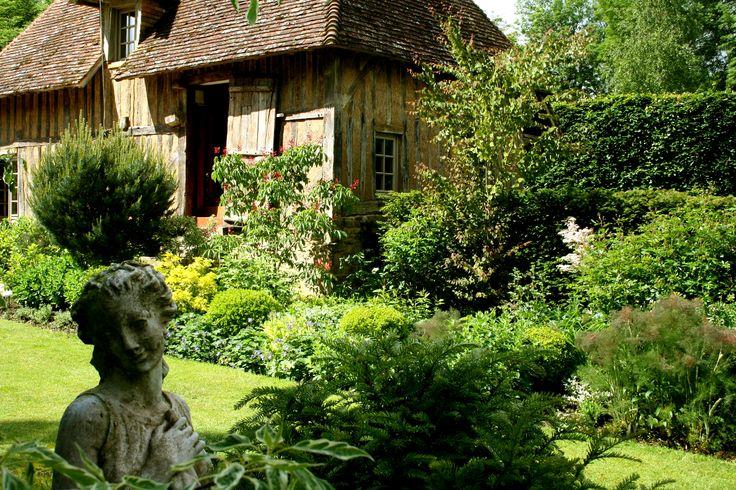Cambremer - Parc des Jardins de Cambremer ... à visiter absolument ... http://www.martinaa.fr/visite-lisieux-deauville-honfleur/ballades-et-loisirs-en-normandie/jardins-du-pays-auge