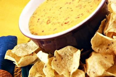 How to Make Velveeta and Rotel Cheese Dip