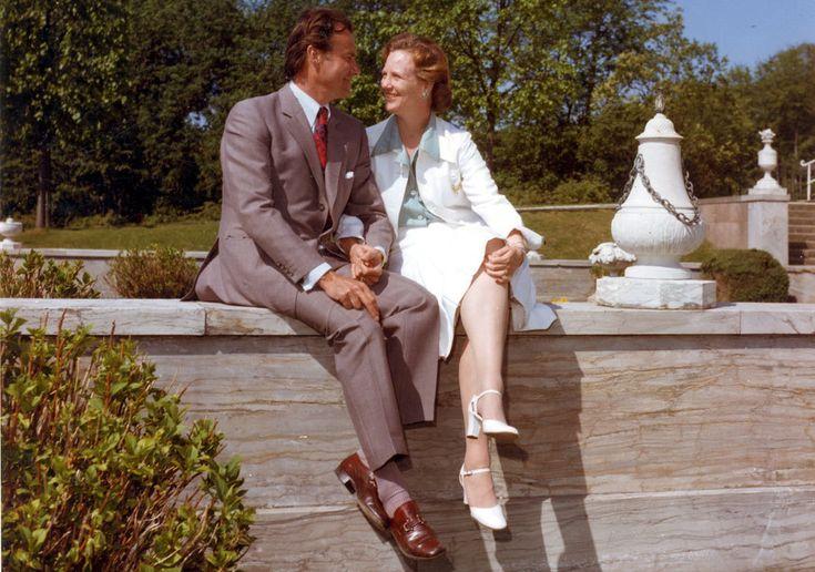 Sus principales tareas como reina son la representación de Dinamarca en el extranjero y ser figura unificadora de la nación. En la imagen, la reina Margarita junto a su marido, el príncipe Enrique.