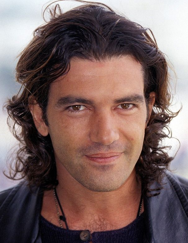 Completely in love with Antonio Banderas!!!!