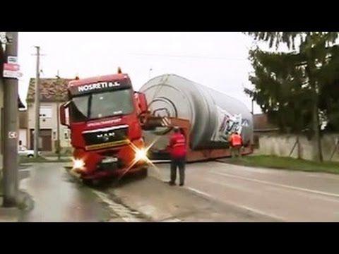 #Caminhões Ao Extremo Caminhões Em Terrenos Difíceis