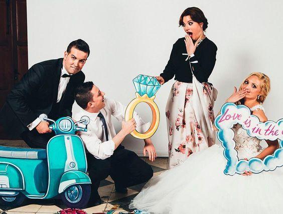 El photocall más original para tu boda http://blog.higarnovias.com/2016/06/07/el-photocall-mas-original/ #Entrebastidores
