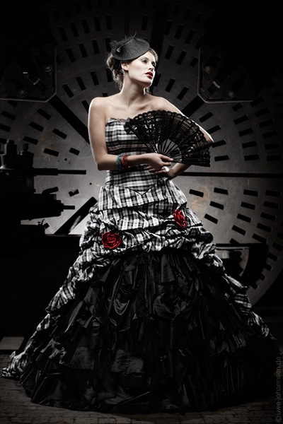 unusual wedding dress black white black wedding - Schandra - Wedding Dresses