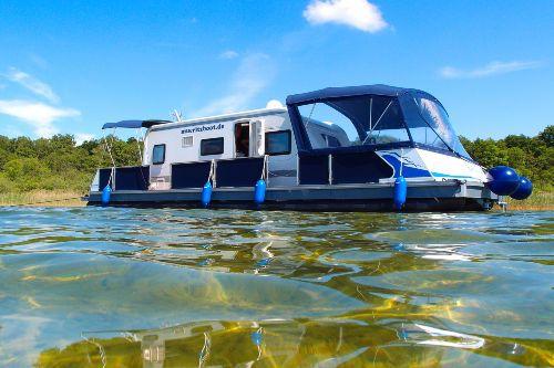 Water-Camper Hausboot mieten - 'Ferienwohnung auf dem Wasser' in Waren (Müritz)
