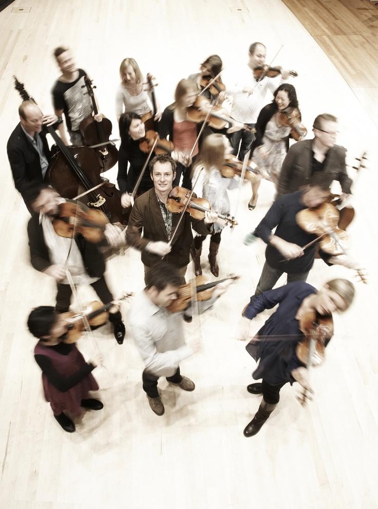 Richard Tognetti & Australian Chamber Orchestra. Photo by Paul Henderson-Kelly.