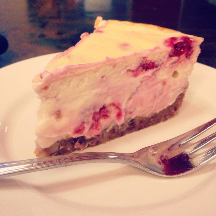 Healthy cheesecake with raspberries, no sugar | Fit with Marit