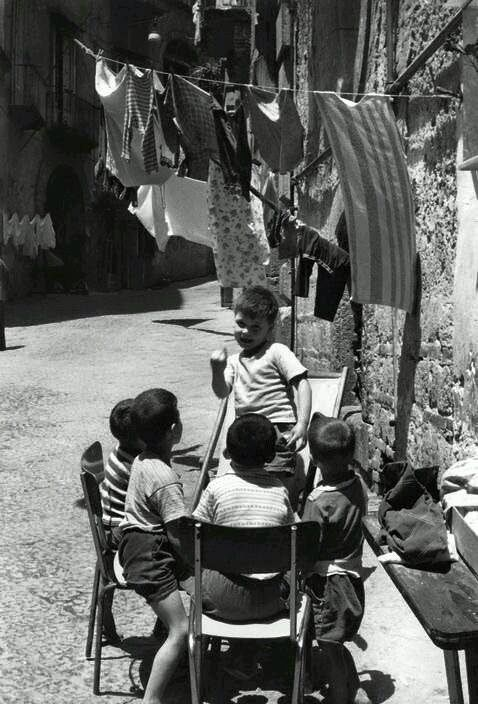 Napoli di Henri Cartier Bresson 1960