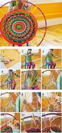 Com apenas um bambolê de reposição e uma dúzia de camisetas você pode fazer um tapete colorido acento para iluminar uma sala, basta seguir as técnicas que vamos mostrar aqui.